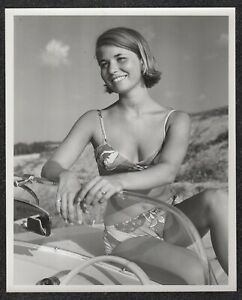 LQQK 8X10 vintage 1960s original, WHOLESOME SWIMSUIT GIRL NEXT DOOR #39