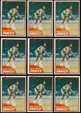 "(83) 1981-82 Topps rookie lot #W99 Vinnie ""The Microwave"" Johnson rc NM+"