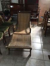 Chaise longue in vimini e legno