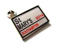 Southampton Stadium RD Señal de calle pin de solapa regalo