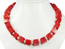 MUY ELEGANTE COLLAR DE CORAL ESPONJA Dados y cadena de concha de perlas