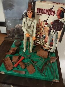 Vintage Marx Geronimo Indian Figure Fort Apache Fighter With Original Box & Gear