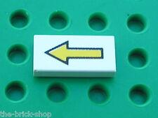 LEGO space white Tile with Arrow Pattern 3069bp06 / set 6990 6783 6958 4556 6892