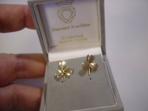 VINTAGE SOLID 9CT GOLD EARINGS-LOVLEY 3 LEAF CLOVER  STUDS BEST QUALITY-CLEANED