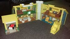 Fisher Price Little People Vintage Play Familia Casa Con Muebles 1970s