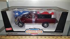 1/18 ERTL AMERICAN MUSCLE 1997 FORD F150 XLT PICKUP TRUCK TOREADOR RED SILVER yd