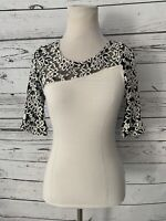 NWT Guess Women's Lace Sleeve Sweater Blouse Sz S White Black Fitted 3/4 Slv New