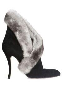 Manolo Blahnik chinchilla fur trim suede ankle booties boots shoes 37,5 7 US