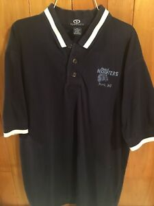 Hooters NOVI, Michigan Official Uniform Managers Polo Shirt Size Large Blue
