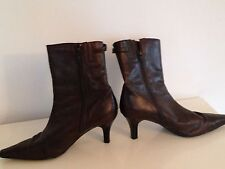 Gorgeous Ladies boots Brown leather narrow heels, Clarks size 6.5