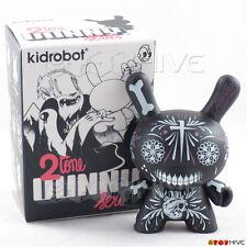 Kidrobot Dunny 2010 2tone series black vinyl figure by Maxx242 with original box