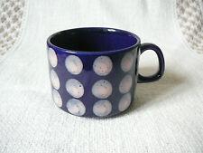 Kaffeetassen im Vintage -/Retro-Stil
