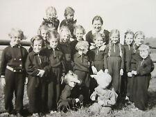 Orig Privat Foto Gruppenbild Schule Mädchenschule Schulklasse Klassenfoto Reise