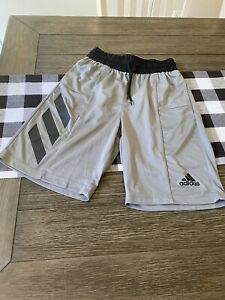 Nwot Mens Adidas Shorts Small