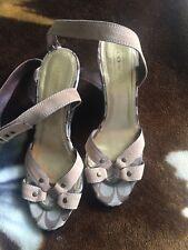 Ladies Coach Canvas/patent Leather Shoes Size 8m
