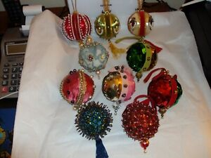 VTG. VELVETY BEADED SEQUIN PUSH PIN CHRISTMAS ORNAMENTS LOT OF 10 EXQUISITE! A-1