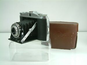 Agfa Isolette II, 120 roll film camera with case.  Not film tested.