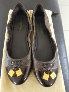 100% AUTH LOUIS VUITTON Monogram LV Logo Ballet Shoes Pumps