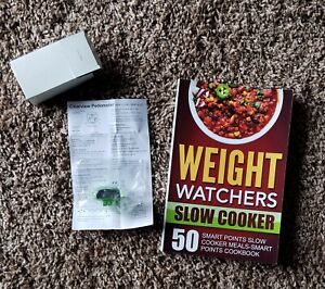Weight Watchers Slow Cooker Recipe Book-Paperback-NEW! Bonus-Clearview Pedometer