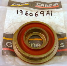 Genuine Case Digger Rear Axle Bevel Gear Cover, Brand New Case Ce196069A1