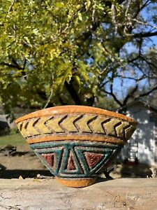 Italy Bitossi Sgraffito Flattened Sides Vase
