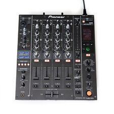 Pioneer DJM 850 4 Kanal DJ Mixer mit USB Soundkarte und eingebauten Effekten