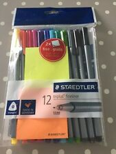 Staedtler Triplus pointe fine 12 Pack Avec 2 Gratuit Sticky Notes, triangulaire