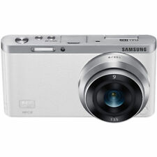 New Boxed Samsung NX Mini Camera White + 9mm Lens kit