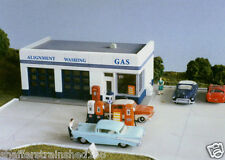 City Classics # 108 1930s Crafton Avenue Service Station HO MIB