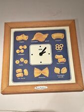 Orologio da parete quadrato, in legno pubblicitario della pasta anni '90