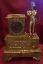 Pendule en bronze doré.Epoque XIX siècle. Napoléon 1er.