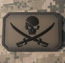 PVC PIRATE SKULL & SWORDS 3D PVC FLAG US USA ARMY MILITARY ACU HOOK PATCH
