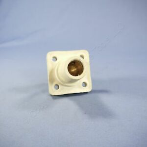 """Leviton White 16 Series Cam Receptacle 1.50"""" Stud 400A 600V 16R24-14W Discolored"""