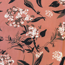 1940s  VINTAGE COTTON FABRIC. DRESS WEIGHT. PAINTERLY FLORAL DESIGN. UNUSED  H9