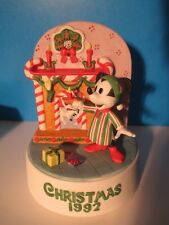 "Disney MICKEY MOUSE Christmas 1992 MUSIC BOX Figurine ""We Wish You a Merry Xmas"""