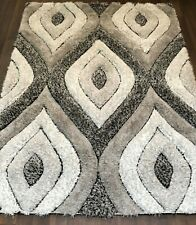 TOP QUALITY RUGS CARVED PUFFY 120X160CM APPROX 6X4FT BEST AROUND GREY/CREAM RUG.