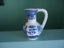 vintage blue willow pattern china oil jug vase matches churchill style