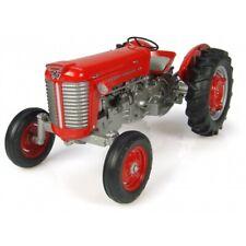 Universal Hobbies Massey Ferguson 50 (1959) 1:16 Scale Model UH2984