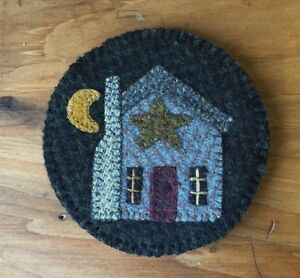 """WOOL APPLIQUE KIT NEEDLE KEEP """"MY HOUSE"""" KIT BY VILLAGE WOOL"""