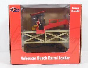 Lionel 1929040 Anheuser-Busch Barrel Loader Operating O Gauge Accessory