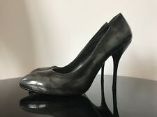 Gucci Stiletto Heel Black Potent Leather Black Grey Colour Pointy Toe Shoes 41