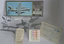 Iljuschin Il-28 - 1:100 Master Modell / Plasticart Original Verpackung! RAR