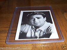 ACTOR PETER LAWFORD VINTAGE 1950s PUBLICITY SHOT PHOTO - PRE-PRINTED AUTOGRAPH