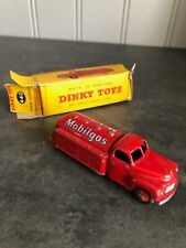 VINTAGE DINKY TOYS 440 TANKER MOBILGAS, ORIGINAL BOX, RED COLOR