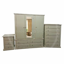 HAND MADE DEWSBURY FURNITURE 3 PIECE BEDROOM SET IVORY/CRYSTAL(ASSEMBLED)