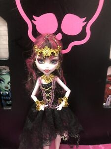 Monster High Draculaura 13 Wishes Doll Great Condition 💕