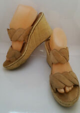 BOC BORN Woven Wedge Sandals Tan Suede Leather Straps Womens 9 Shoes BC2057