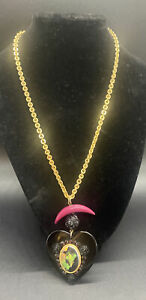 Tarina Tarantino The Wizard Of Oz  Gold tone Black Lucite Heart Witch Necklace