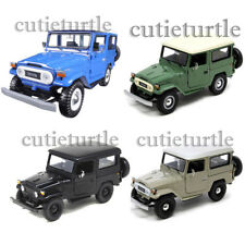 Motormax Toyota FJ 40 Land Cruiser 1:24 79323 Matt Black Blue Beige Light Green