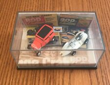 Hot Wheels 100% 2 car set Rod& Custom Manta Ray and Orange Crate sedan
